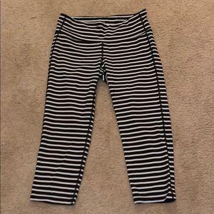 Striped Athleta cropped leggings